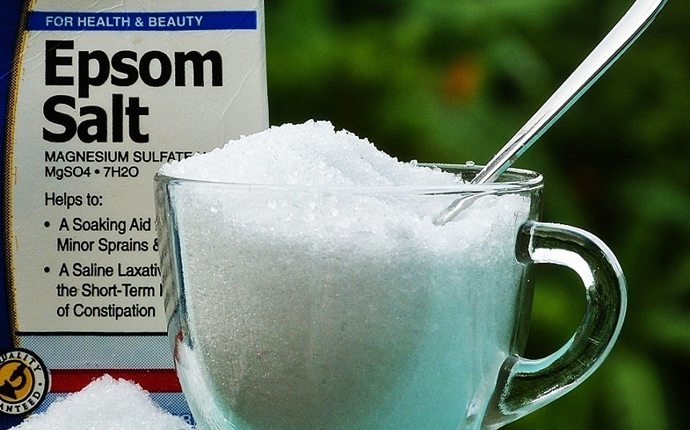 Epsom salt solution for pimple inside nose