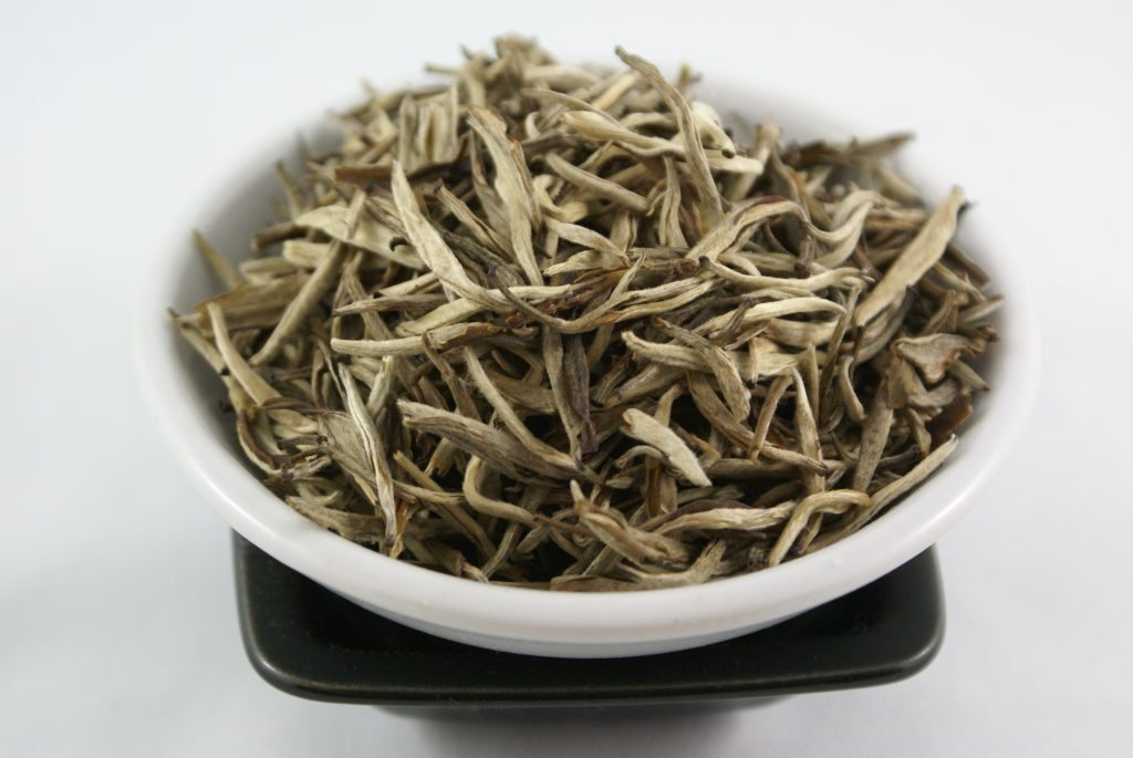 White tea for pimple on scrotum
